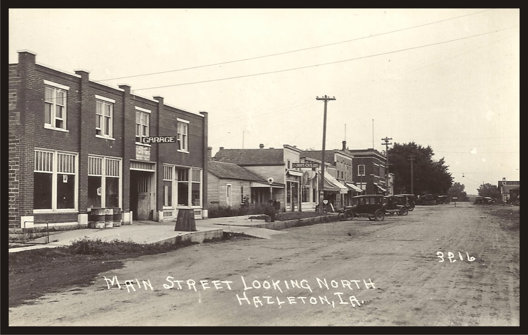 Old Main Street looking North - Hazleton, Iowa
