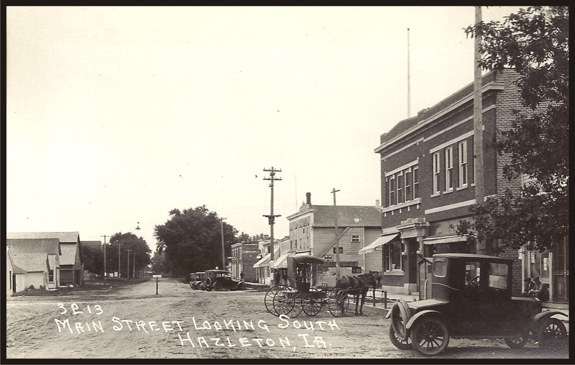 Old Main Street looking South - Hazleton, Iowa